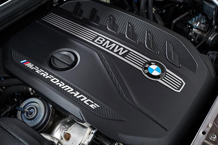 بی ام و X4 موتور