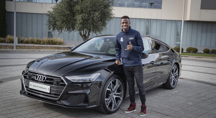 2019-2020-audi A7-real-madrid-cars-3