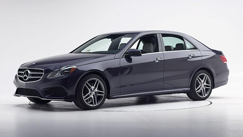 خودروی مرسدس بنز سری E مدل 2013